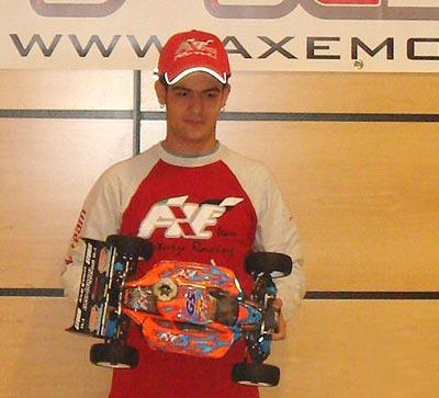 Richi Gomez switches to Axe Rossi