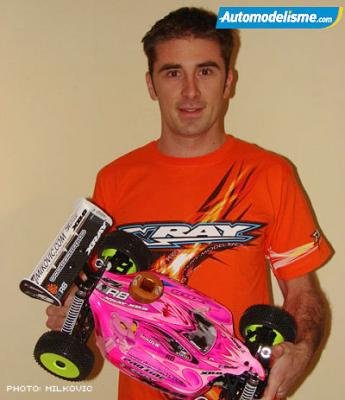 Jerome Sartel signs to Xray