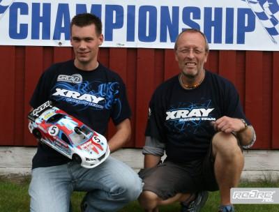 Top Qualifier Dirk Wishcnewski with pit man Bertram Kessler