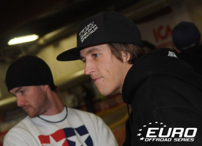 Evans take first EOS 2WD Buggy A-Main
