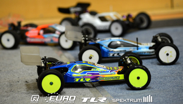TLR set early pace at EOS Round 2