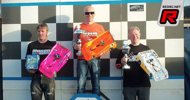 Michael Salven wins German-West 1/8th Rd1