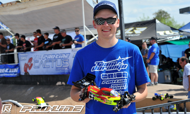 Neumann takes Q1 of 4WD Buggy at Cactus