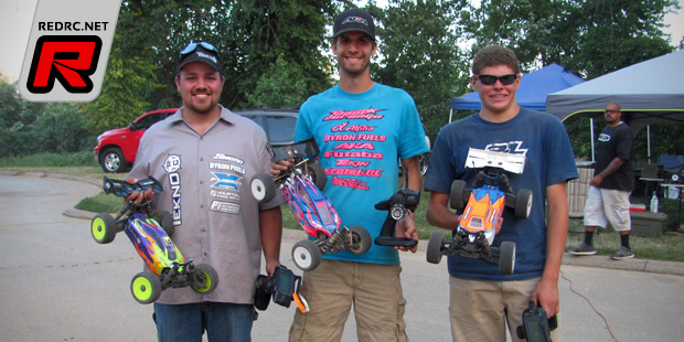 Ryan Lutz takes E-Buggy class at Futaba Challenge