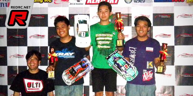 Nicholas Lee TQ's & wins at Indonesian Merdeka Race