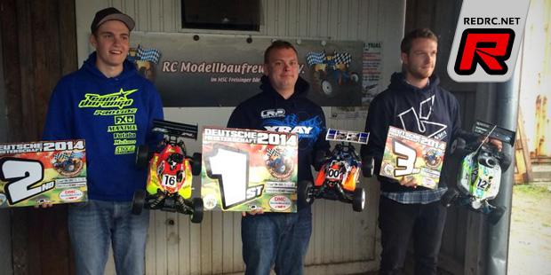 Martin Bayer wins German 1/8 nitro buggy nationals