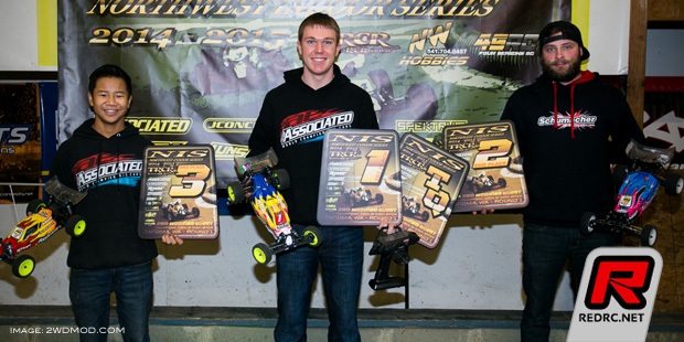 Michael Schoettler wins at Northwest Indoor Series Rd1