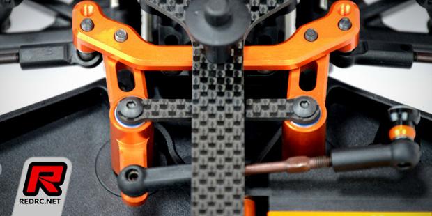 Exotek XB4 aluminium C-hubs & steering crank set