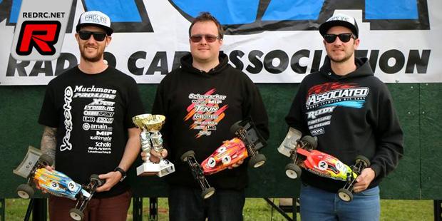 Moss & Martin win at BRCA 1/10th Buggy Nats Rd3