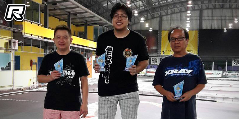 Pichakorn & Anutin score at Huge RC Club Race Rd5